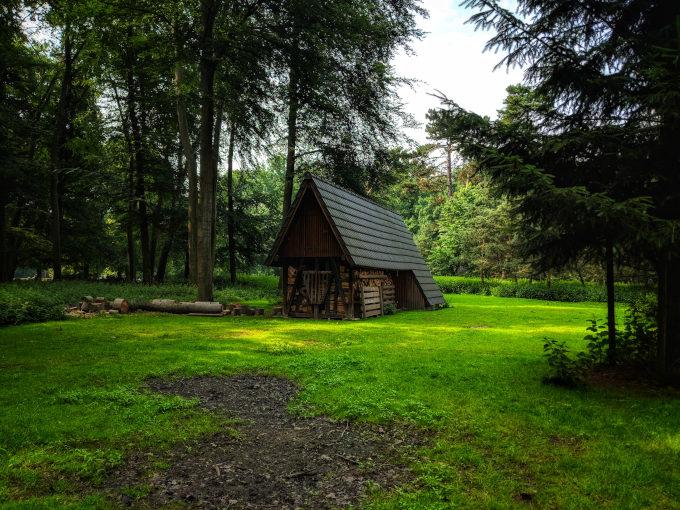 Wood cabin inside Stadtwald