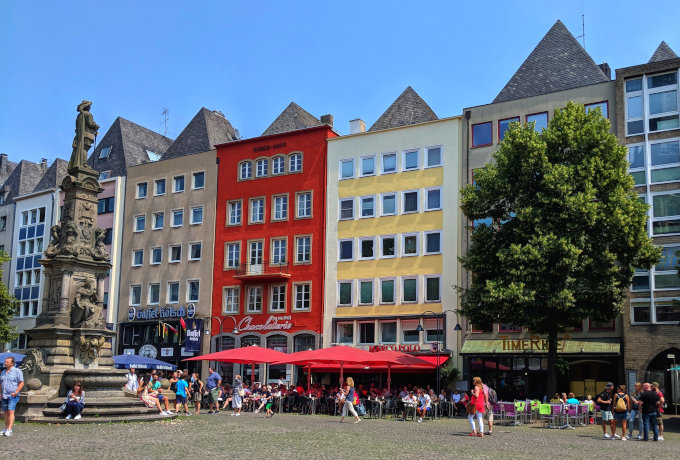 Cologne Old Market (Alter Markt)