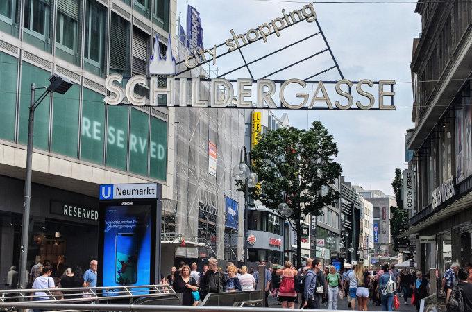 Schildergasse, Cologne's famous shopping street