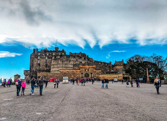 Edinburgh Castle, an essential part of the 2 day Edinburgh itinerary