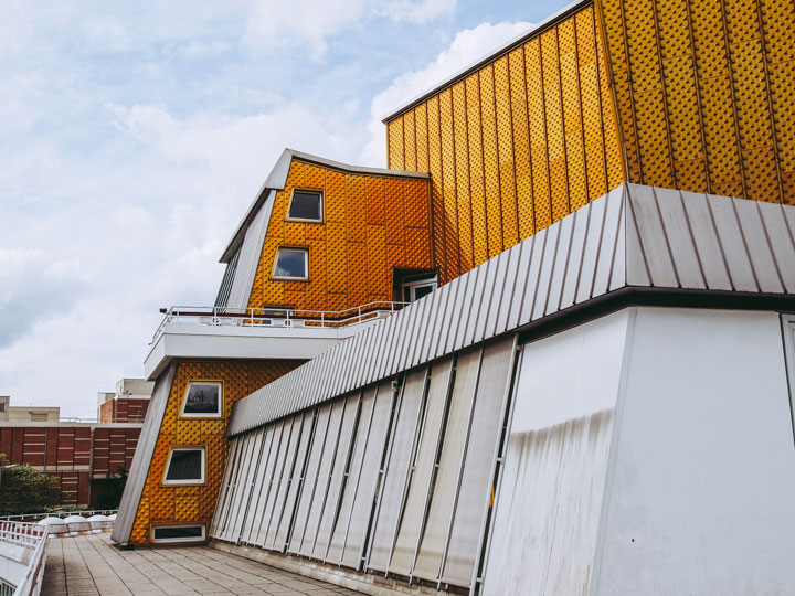 Berliner Philharmonie white and orange exterior