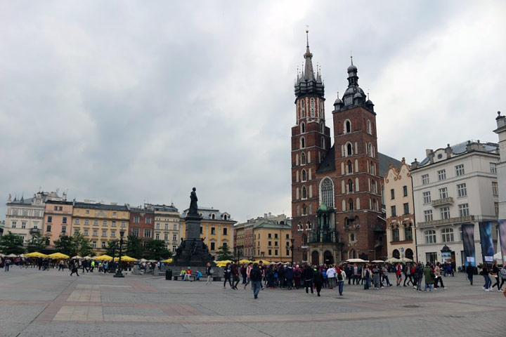Cloudy day view of Krakow town square