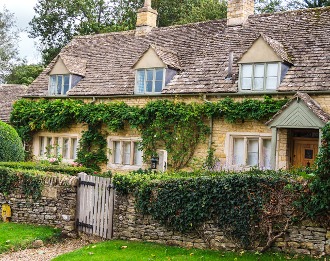 Traditional Cotswolds cottage in Castle Combe