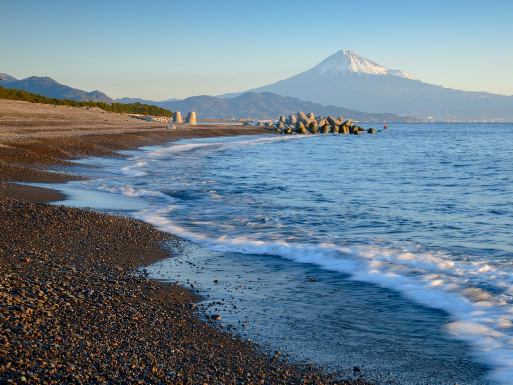 Miho no Matsubara beach with view of Mount Fuji in distance