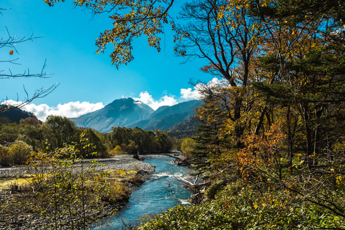 Kamikochi hiking in the fall