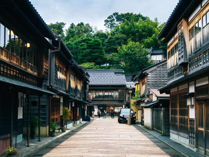 Higashiyama historic street with wood buildings in Kanazawa, Japan