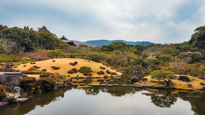 Nara Isuien Garden, an essential stop on this 5 day Japan itinerary