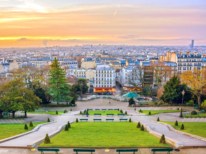Sunrise in Montmartre, a great place to stay for a 4 day Paris itinerary