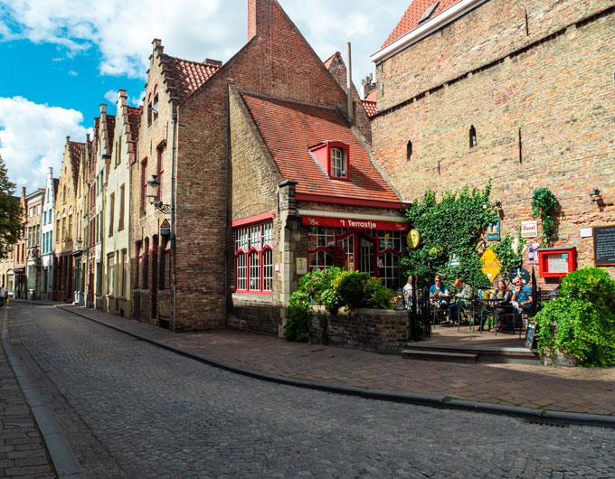 Outside patio of Cafe-Bistro Terrastje in Bruges