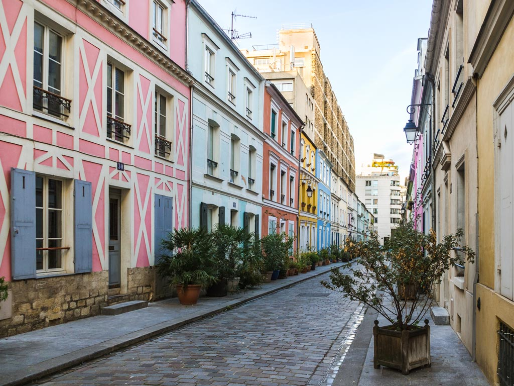 Rue Cremieux, a popular Paris itinerary spot for photographers