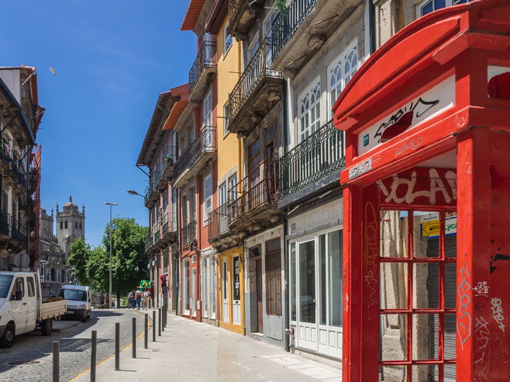 Red phonebooth and street view of Bolhao