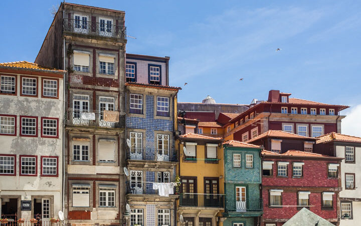 2 days in Porto itinerary - colorful buildings of Ribeira Square