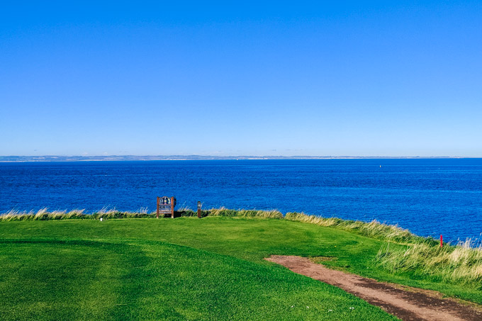 Playing at Hole 13 of Glen Golf Club, one of the best things to do in North Berwick