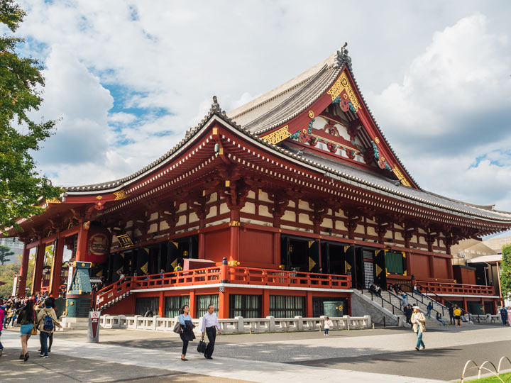 Tokyo Kanda Shrine with people walking past
