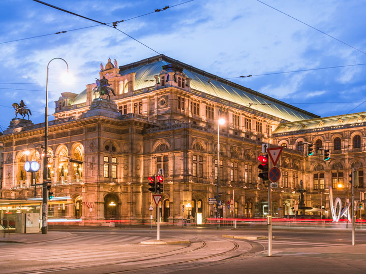 Vienna Opera House illuminated at night, a must see during this Vienna 2 day itinerary