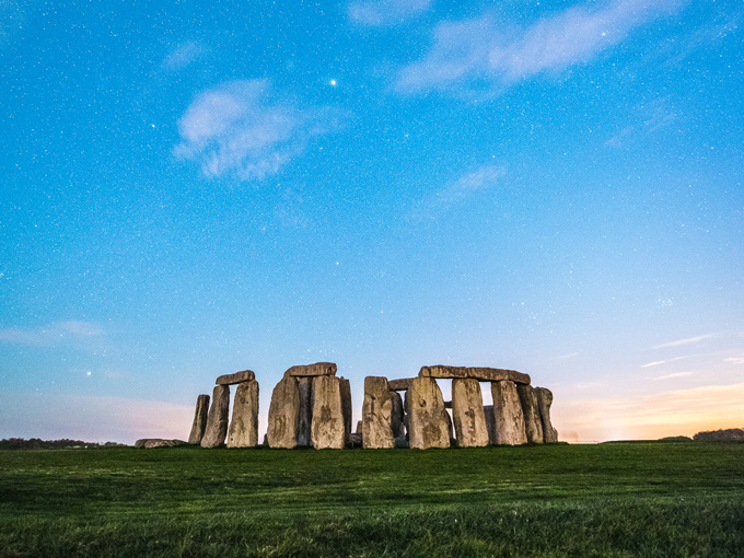 See Stonehenge for free at twilight